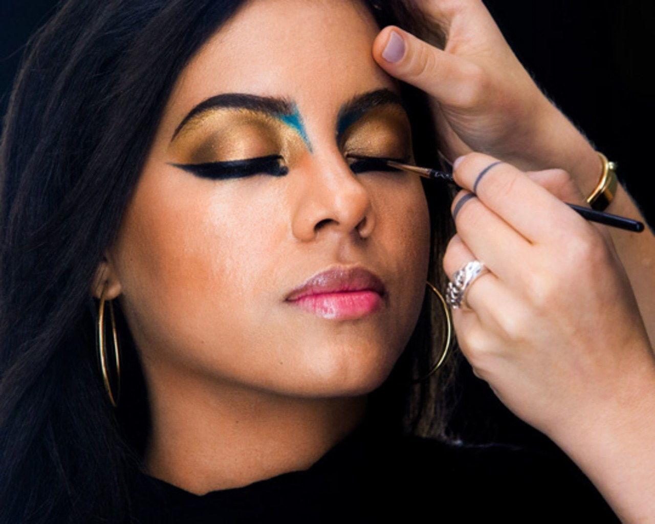 Diese Cleopatra Halloween Make Up Ist So Viel Einfacher Als Sie Denken