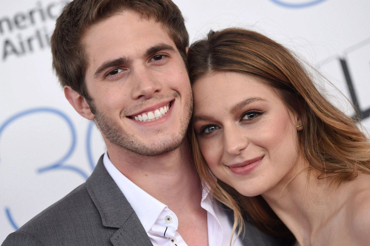 A Surprise Glee Wedding Melissa Benoist And Blake Jenner Are Married