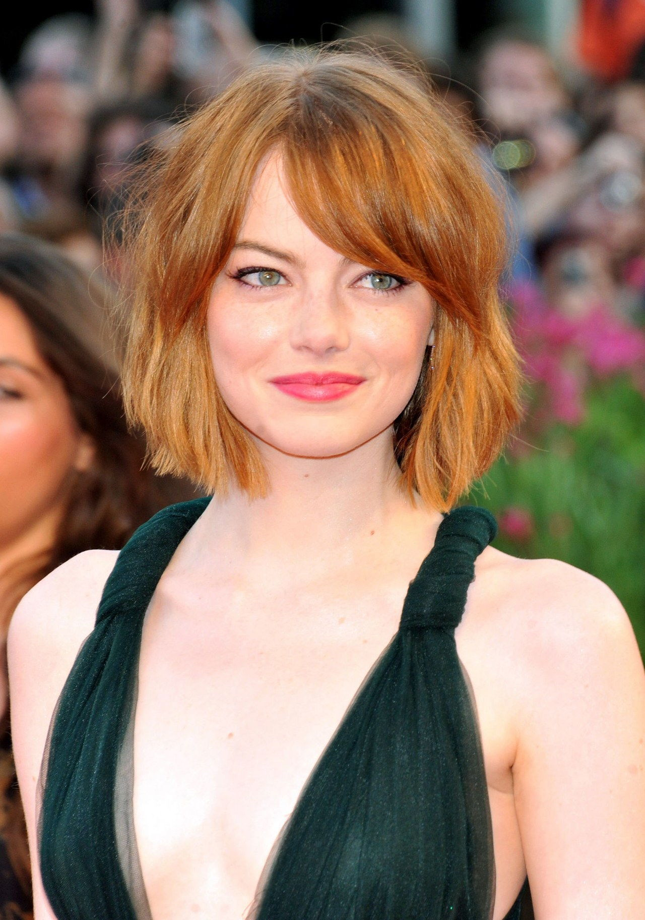 Emma Stone Has A Chic New Short Haircut Oh And Wore A