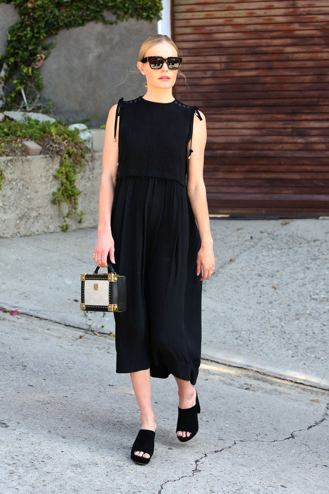 kate bosworth mansur gavriel shoes splash news